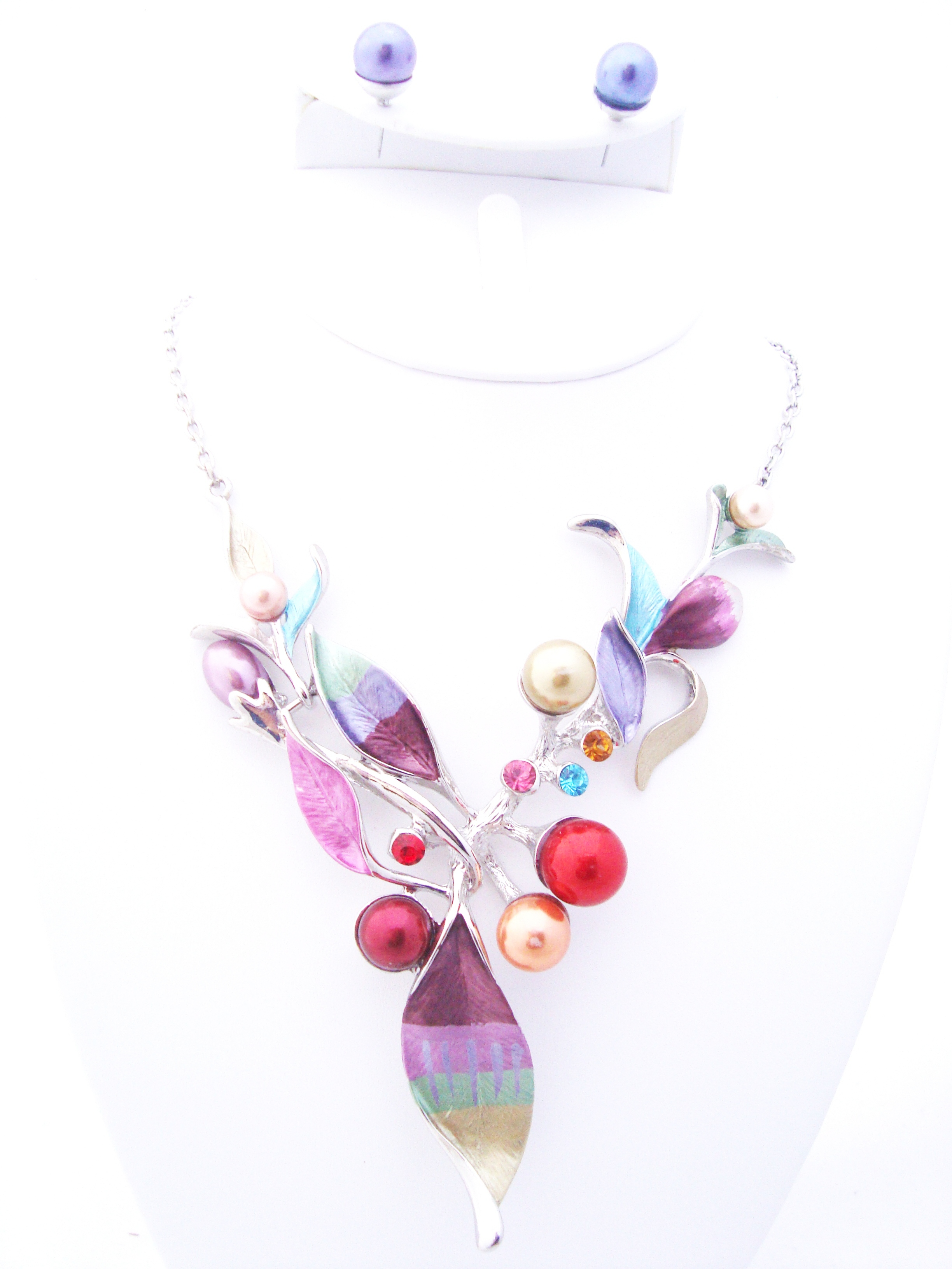 Enamel Leaf and Pearl Rhinestone Necklace Set