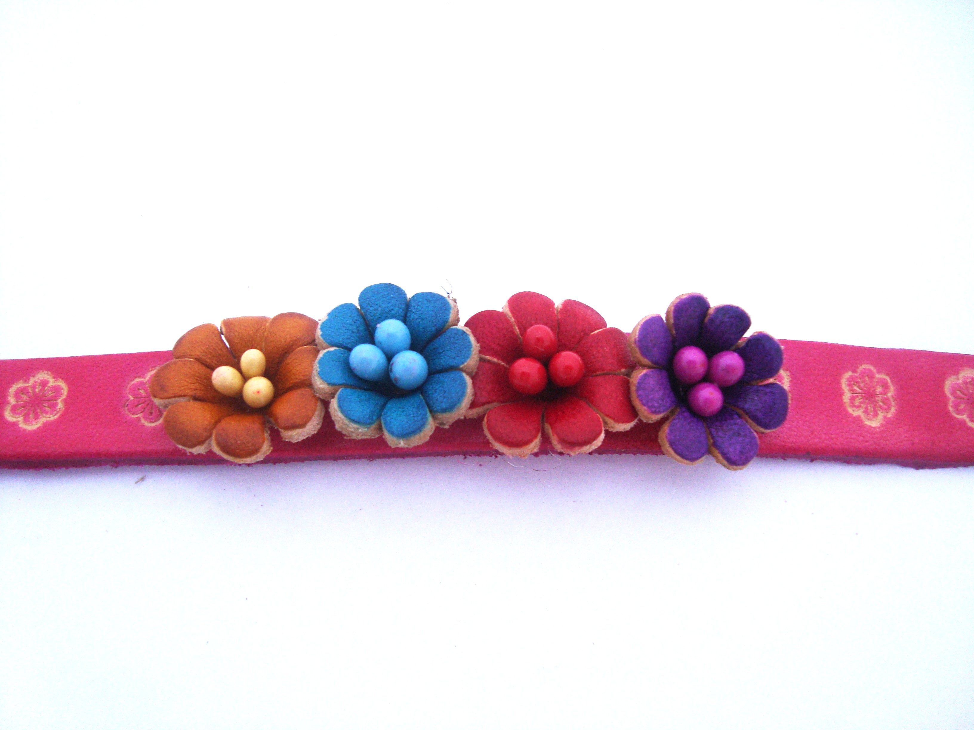 Four Multi Small Flowers Genuine Leather Bracelet