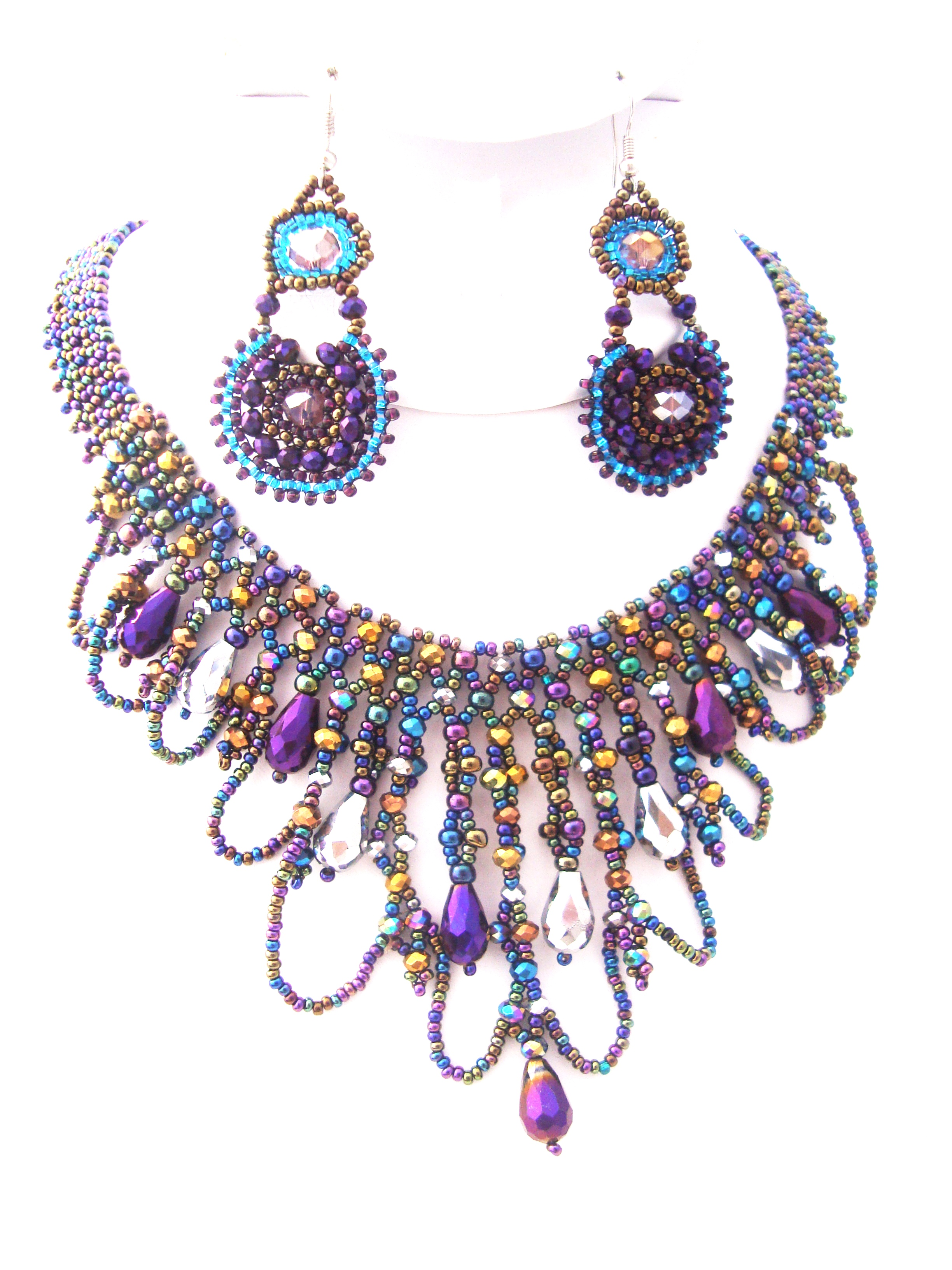 Green and purple chandelier necklace set teresas precious beads 18 length magnetic clasp made with 110 irish green and 110 gold seed bead purple and green tear drop chandelier necklace with matching earrings aloadofball Gallery
